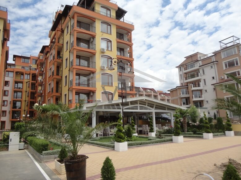 Properties in Complex Saint Vlas