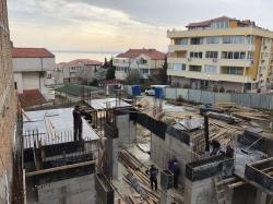 Properties in Complex Saint Vlas
